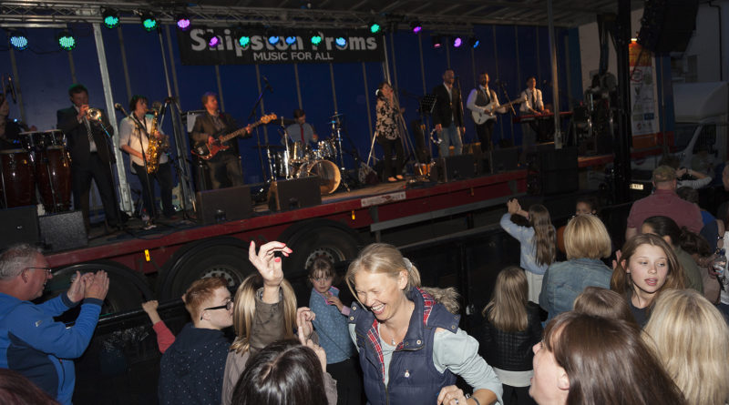 Goin' Local Street Party - Shipston Proms 2016